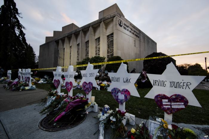 A makeshift memorial stands outside the Tree of Life synagogue in the afterma