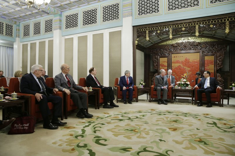 China's Premier Li Keqiang, right, speaks next to Tennessee Senator Lamar Alexander, second right, during a meeting with a group of U.S. Republican senators and Congress members at Zhongnanhai leadership compound in Beijing, Thursday, Nov. 1, 2018. (Jason Lee/Pool Photo via AP)