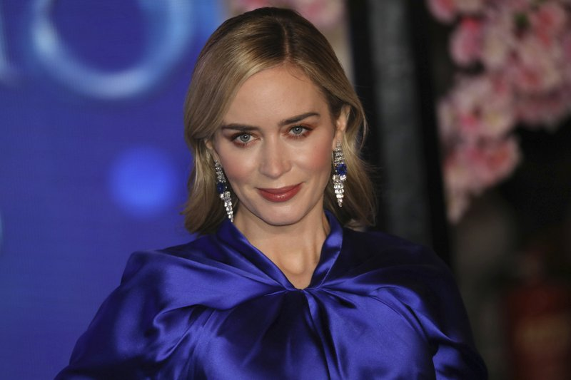 Actress Emily Blunt poses for photographers upon arrival at the 'Mary Poppins Returns' premiere in central London, Wednesday, Dec. (Photo by Vianney Le Caer/Invision/AP)