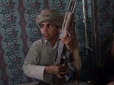 An AP investigation has found that thousands of children have been recruited by Yemen's Houthi rebels to fight in the country's civil war. (Dec.19)