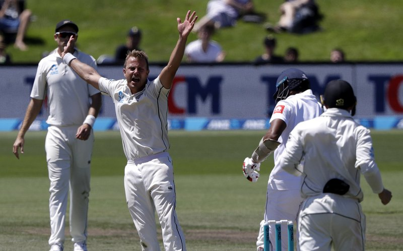 New Zealand's Neil Wagner appeals unsuccessfully for a catch behind the wicket during play on day four of the second cricket test between New Zealand and Sri Lanka at Hagley Oval in Christchurch, New Zealand, Saturday, Dec. (AP Photo/Mark Baker)