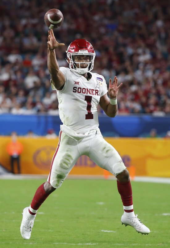 Oklahoma quarterback Kyler Murray (1) looks to pass, during the second half of the Orange Bowl NCAA college football game against Alabama, Saturday, Dec. (AP Photo/Wilfredo Lee)