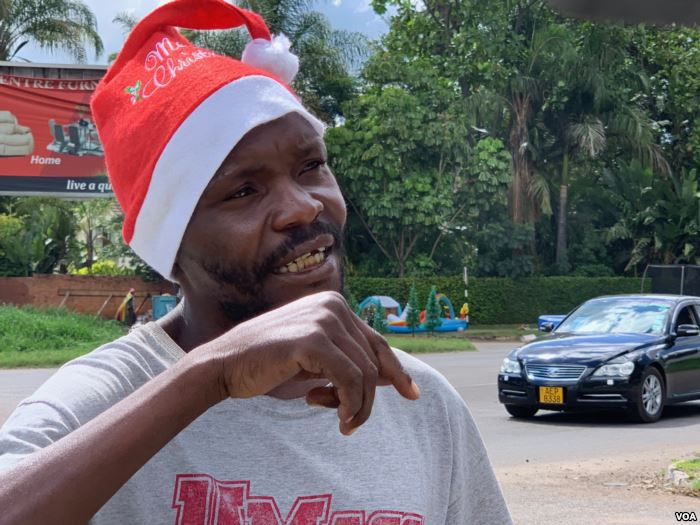 Forty-year-old Clive Mushayi became a street vendor four years ago after losi