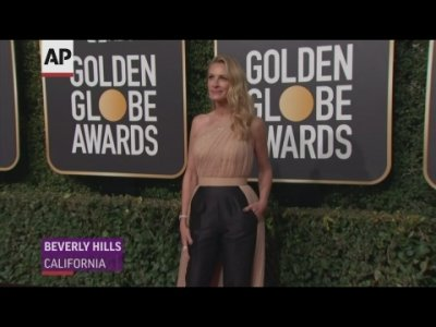 Celebrities including Julia Roberts, Claire Foye, Lupita Nyong'o and Regina King spread some sparkle on the Golden Globes carpet. (Jan. 6)
