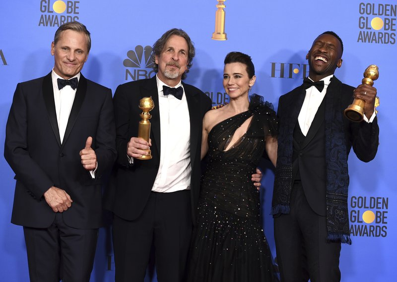 Viggo Mortensen, from left, Peter Farrelly, Linda Cardellini and Mahershala Ali, winner of the award for best performance by an actor in a supporting role in any motion picture for