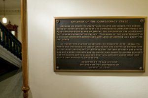 Lawmaker: Confederate plaque removed from Texas Capitol
