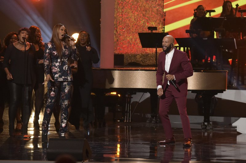 Yolanda Adams, left, and Common perform at the