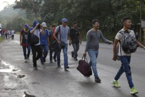 New migrant caravan sets out from Honduras for US