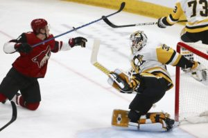 Kessel scores in overtime, Penguins beat Coyotes 3-2