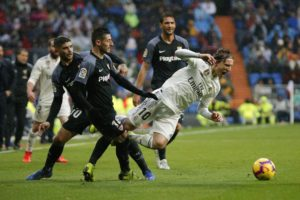 Madrid beats Sevilla 2-0, returns to top 3 in Spanish league