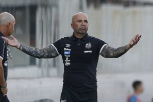 Ex-Argentina coach Sampaoli makes winning start with Santos