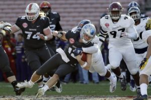 American team takes NLFPA Collegiate Bowl, 10-7