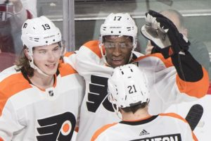 Patrick scores twice, Flyers top Canadiens 5-2
