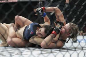 Update: VanZant wins first UFC fight in 2½ years