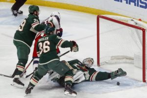 Parise scores 20th goal, Wild beat Blue Jackets 2-1