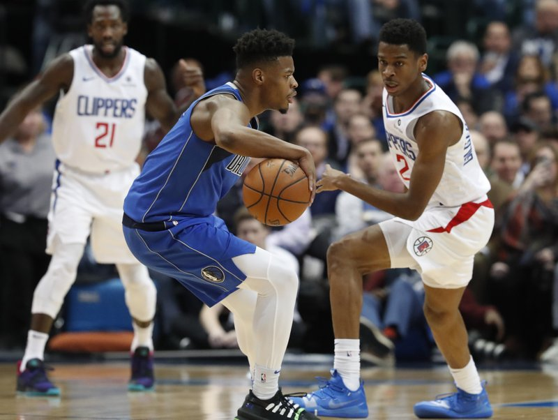 cfe97c49550 Smith back with Mavericks, starts against Clippers in return | TheBL.com