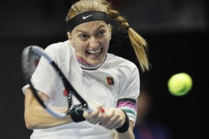 Petra Kvitova beats Azarenka in 2 sets in St. Petersburg