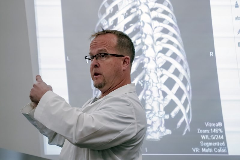 Radiologist Dr. Sean Willgruber speaks Tuesday, January 29, 2019, during the second day of a civil trial involving U. (Bac Totrong/Daily News via AP)