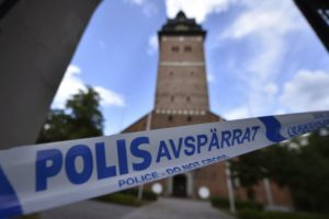 Main suspect in Sweden's royal jewels heist confesses