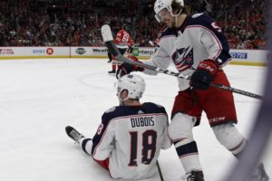 Panarin powers Blue Jackets past Blackhawks 5-2