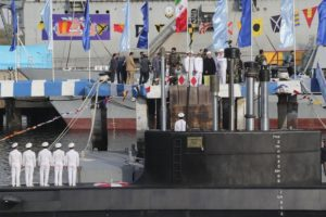 Iran unveils first semi-heavy missile-equipped submarine
