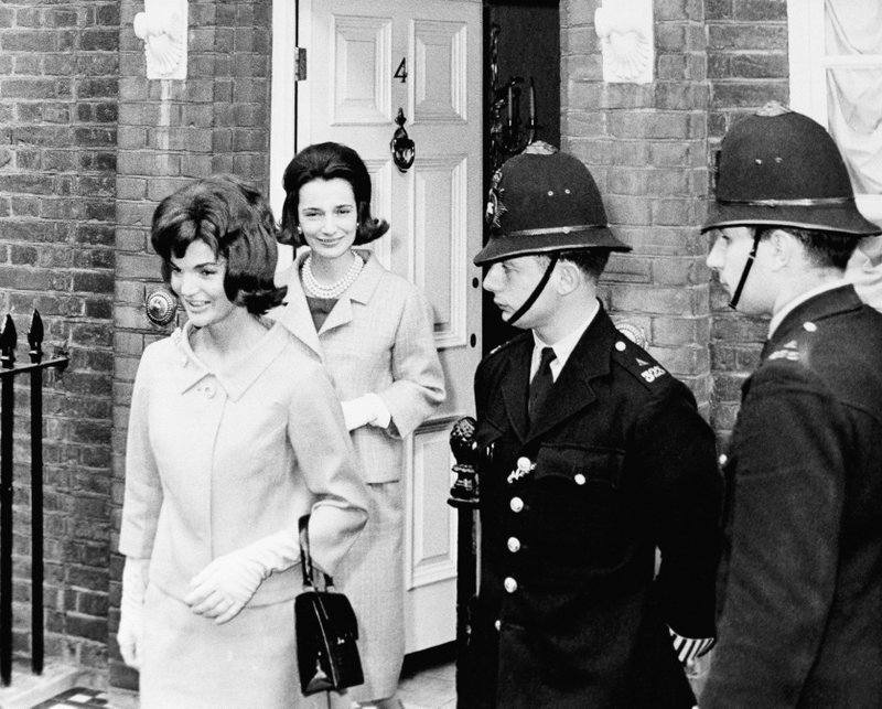 FILE - In this June 6, 1961 file photo,  Jacqueline Kennedy is followed by her sister, Lee Radziwill, in London. (AP Photo, File)