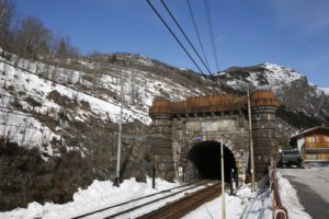 Italian minister insists Alpine train tunnel not derailed