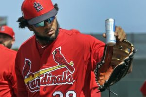 Cardinals sign Jose Martinez to $3.25M, 2-year contract