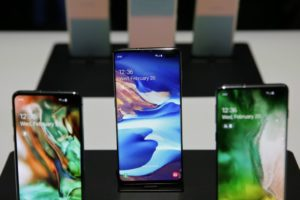Samsung's folding phone aims to rejuvenate smartphone market