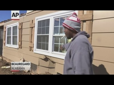 Jaron Washington was inside his Beauregard, Alabama home when he says Sunday's tornado lifted it off its foundation and dropped it forty feet away. (March 5)