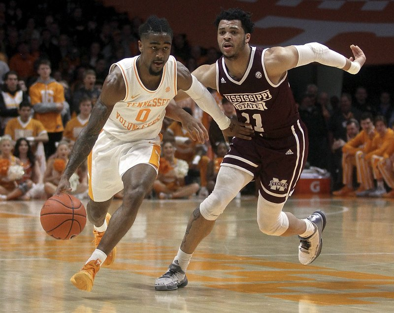 Tennessee's Jordan Bone brings the ball up while defended by Mississippi State's Quinndary Weatherspoon during an NCAA college basketball game Tuesday, March 5, 2019, in Knoxville, Tenn. (Tom Sherlin/The Daily Times via AP)