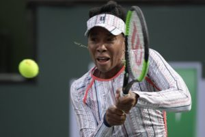Venus advances in straight sets at Indian Wells