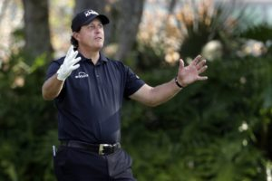 Mickelson 'shocked' college company he used caught in scheme