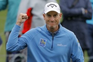 Furyk closes with flurry, finishes 2nd in hometown event