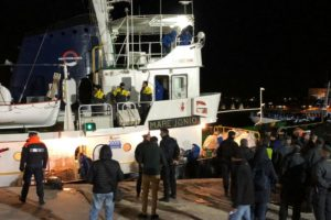 Italy seizes rescue ship, permits migrants to land in Italy