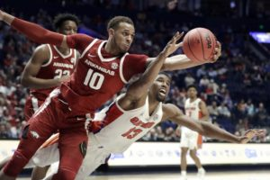 Arkansas' Gafford declares for NBA draft, won't play in NIT