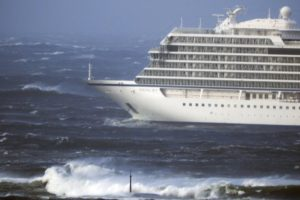 Update: 100 people evacuated from cruise ship off Norway