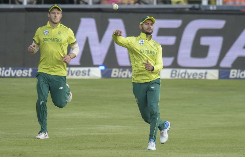 South Africa's Reeza Hendricks fielding a ball during the T20I match between South Africa and Sri Lanka at Wanderers Stadium in Johannesburg, South Africa, Sunday, March, 24, 2019. (AP Photo/Christiaan Kotze)