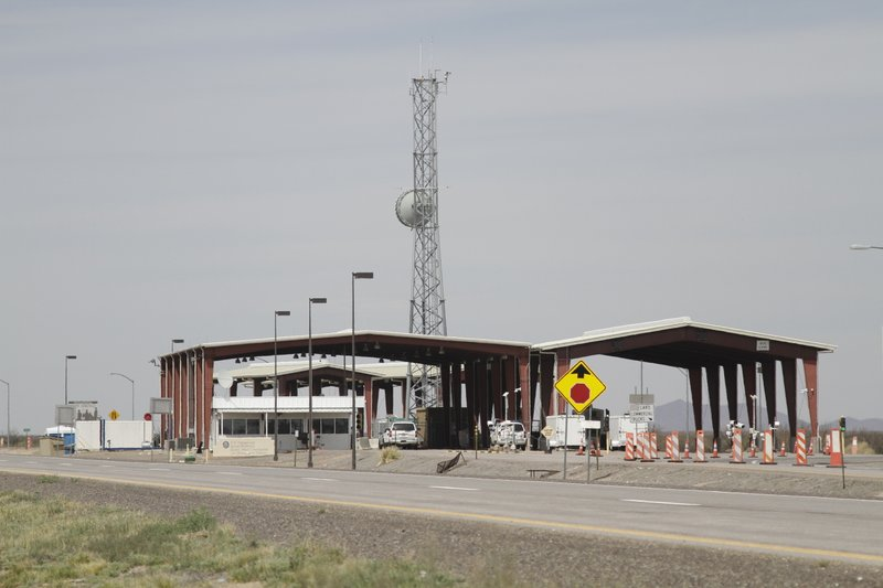This Tuesday, March 26, 2019, photo shows a border patrol checkpoint, north of Las Cruces, New Mexico, that U. (AP Photo/Cedar Attanasio)