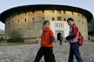 Decline of Hakka in southern China shows bigger problems ahead