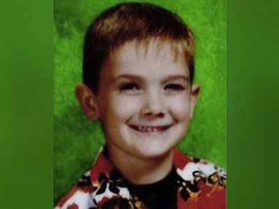 Authorities in suburban Cincinnati say a teenage boy claimed to have escaped Wednesday morning in southwestern Ohio after being kidnapped. (April 4)