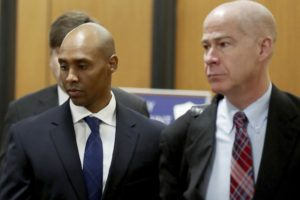 Charges at Minnesota cop's trial offer jury range of options
