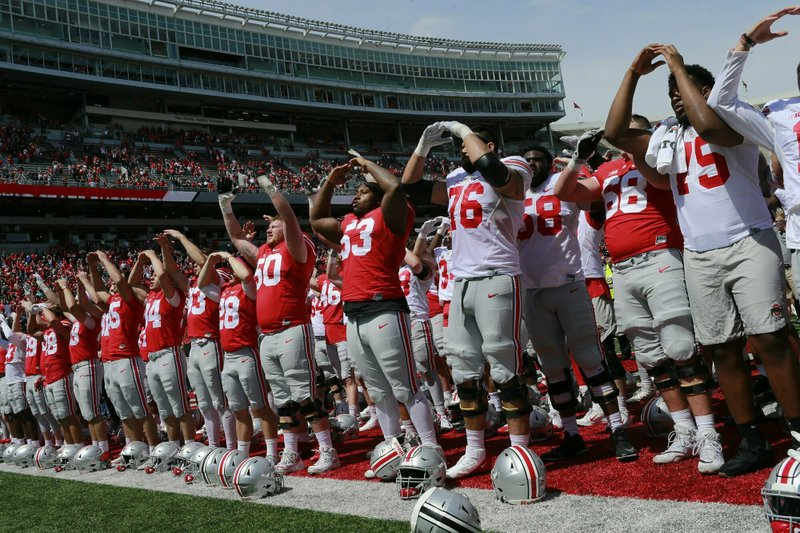 Ohio State players sing