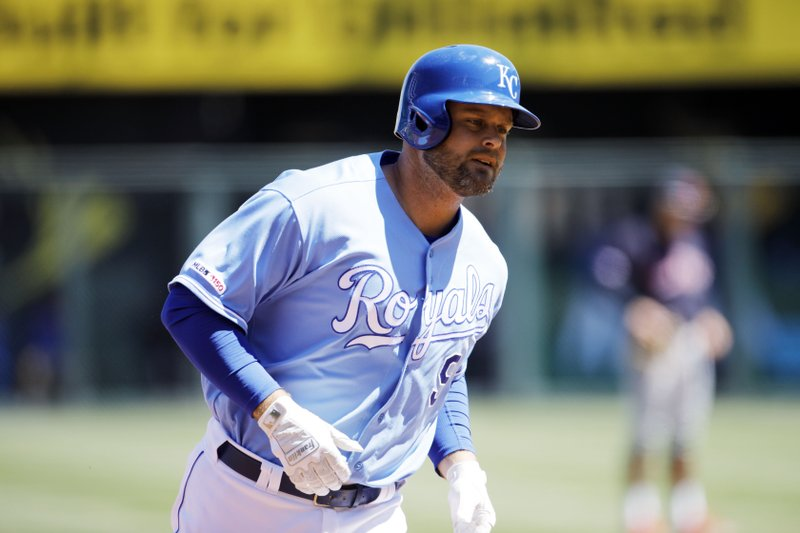 Kansas City Royals' Lucas Duda rounds the bases after hitting a three-run home run in the second inning of a baseball game against the Cleveland Indians at Kauffman Stadium in Kansas City, Mo. (AP Photo/Colin E. Braley)