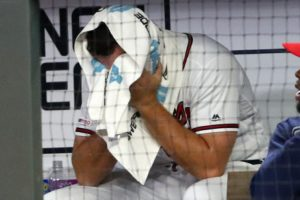 Jones' bases-loaded walk lifts D-backs over Braves 3-2 in 10
