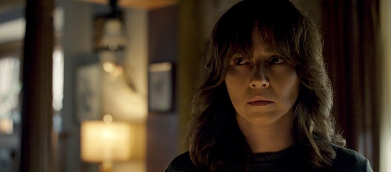 This image released by Warner Bros. Pictures shows Linda Cardellini in a scene from