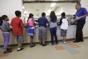 Administration cuts space for detaining migrant families