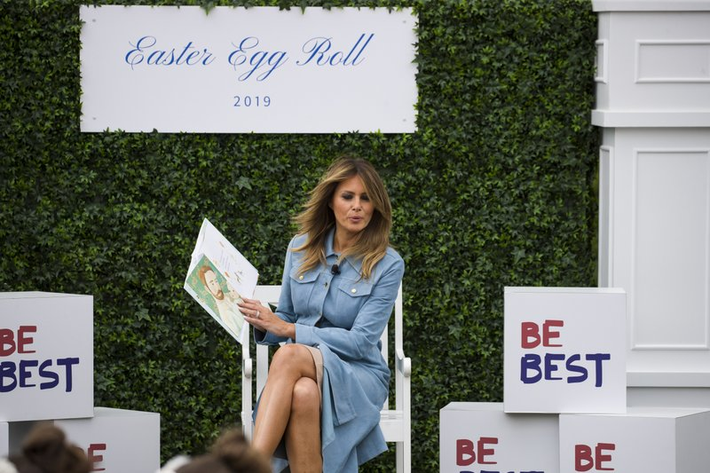 First lady Melania Trump reads
