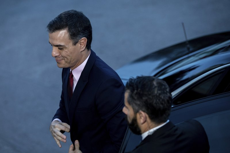 Prime Minister and Socialist Party Pedro arrives at Atresmedia headquarters to attend the second televised live debate ahead of Sunday's general election in San Sebastian de los Reyes, outskirts of Madrid, Spain, Tuesday, April 23, 2019. (AP Photo/Bernat Armangue)