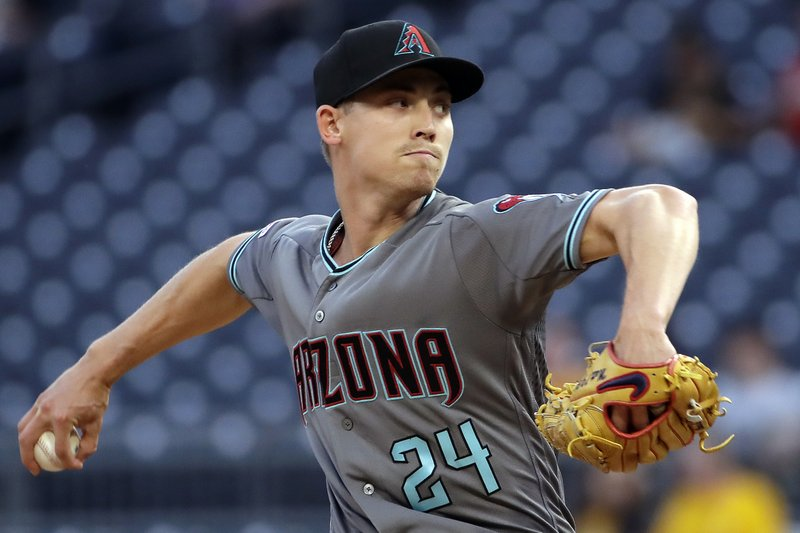 Arizona Diamondbacks starting pitcher Luke Weaver delivers in the first inning of a baseball game against the Pittsburgh Pirates in Pittsburgh, Tuesday, April 23, 2019. (AP Photo/Gene J. Puskar)
